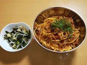 イカとアサリのトマトソースパスタ